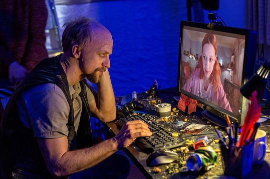 Tomáš Klus napsal píseň k dokumentu V síti během dvou dnů.