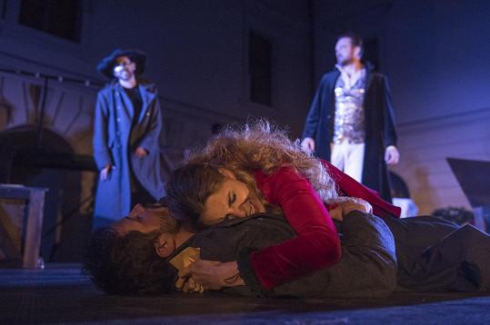 V představení v Divadle pod Palmovkou si zahraje Roxanu.