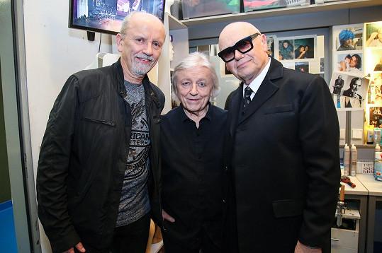 S bratry Neckářovými v zákulisí koncertu k nedožitým osmdesátinám hudebního skladatele Karla Svobody.