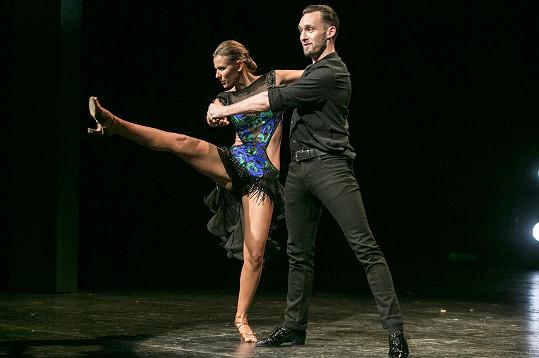 Šárka Vaculíková a Ondřej Borský tančili na akci Roztančené jeviště - Souboj divadel Praha.