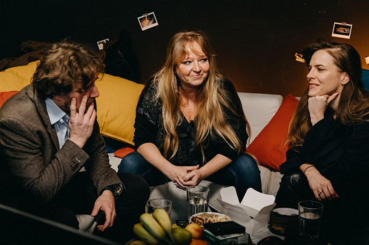 Nesvačilová snadšením přijala pozvání do talk show Adély Elbel, aniž by věděla, že pořad trvá dvanáct hodin.