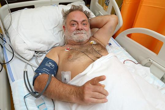 Václav Upír Krejčí spadl ze žebříku, zlomil si obratel a musel na operaci.