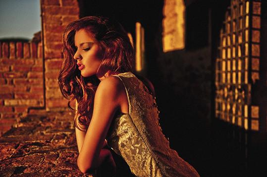 Tereza Chlebovská nedávno nafotila krásné sexy fotky. Johana by ji klidně mohla napodobit...