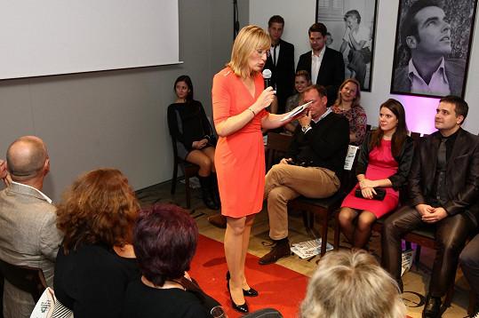 Štěpánka Duchková moderovala módní přehlídku francouzského spodního prádla a prozradila, na co si v této kategorii oblečení potrpí.