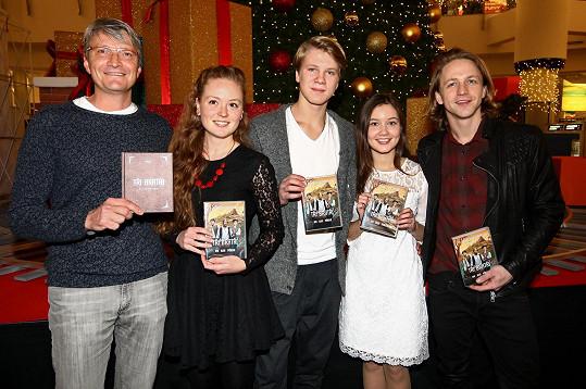 Představit DVD Tři bratři přišli Jan Svěrák, Kateřina Kosová, Zdeněk Piškula, Sabina Rojková a Tomáš Klus.