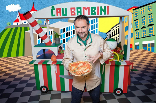 Kuchař chce malé diváky nadchnout pro italštinu.