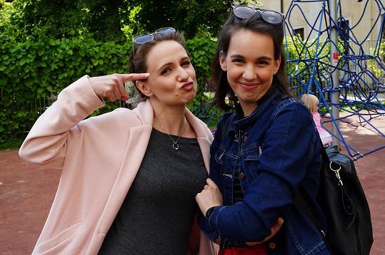 Charlotte Doubravová a Míša Tomešová si měly co říct.