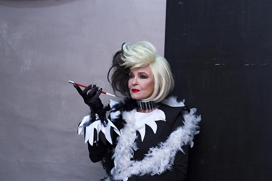 Chantal Poullain se nechala vyfotit jako Cruella De Vil.