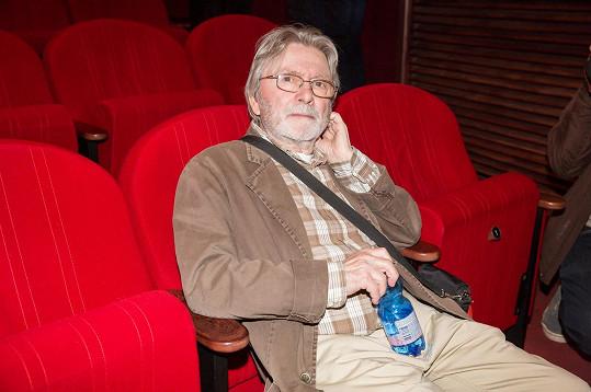 Ladislav Mrkvička v kině po promítání filmu Staříci