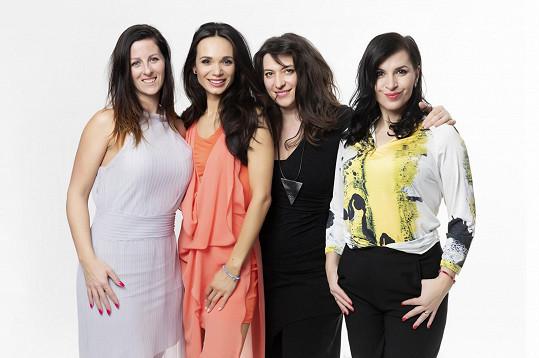 Gábina s Andreou spolu s návrhářkou Martinou Pipkovou Loudovou a vizážistkou Lenkou Špitzerovou (vlevo)