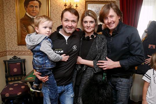 Vlasta Korec s manželkou Magdalénou a synem Vlastíkem
