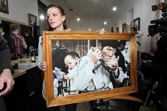 Andreina druhá výstava fotek navštívila dvě místa v Čechách, dvě na jejím rodném Slovensku a nyní se vrátila zpátky do Prahy, kde začala být výstavou prodejní.