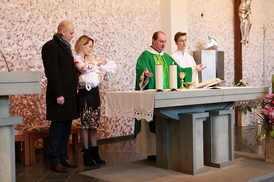 Před rokem se ve stejném kostele křtila starší dcera Luisa.