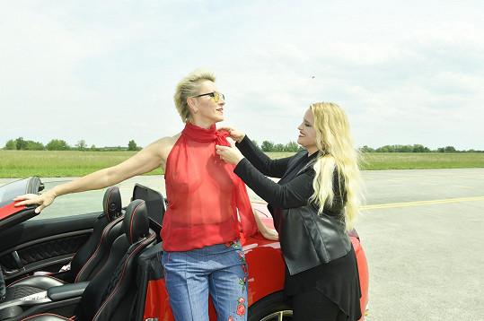 S Renatou Drössler, které oblékla hodně odvážný model.