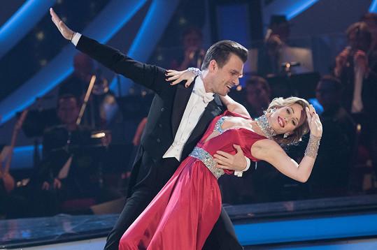 Mareš loni s tanečnicí Katarínou Štumpfovou válel ve StarDance.