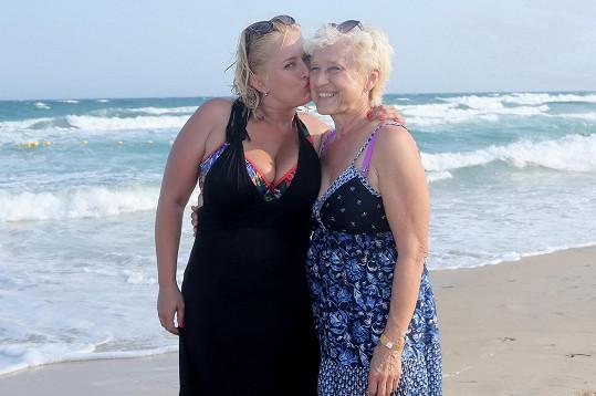 Miluška s maminkou
