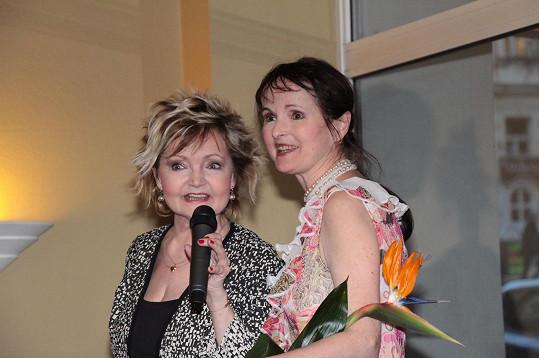 Eva Hrušková se sestrou Janou