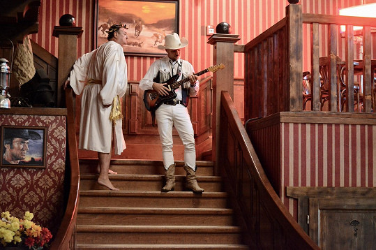 Natáčelo se ve westernovém městečku.
