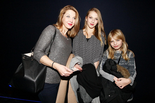 Sabina Laurinová s dcerami Valentýnou a Majou