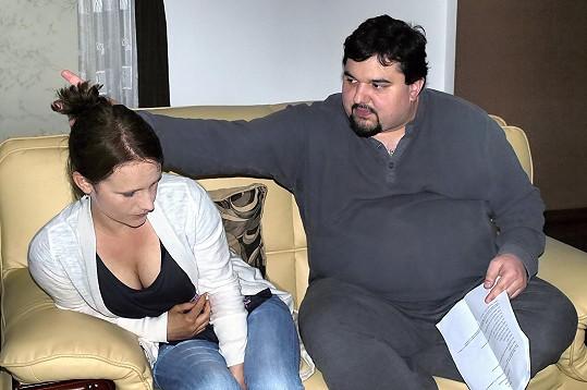 V seriálu Stopy života si zahrála zatím svou poslední roli. Na fotografii s Tomášem Magnuskem.