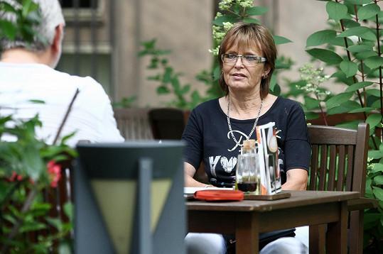 Matušková nevycestovala ze Států kvůli koronavirovým opatřením.