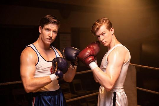 Seriálová scéna z boxerského ringu
