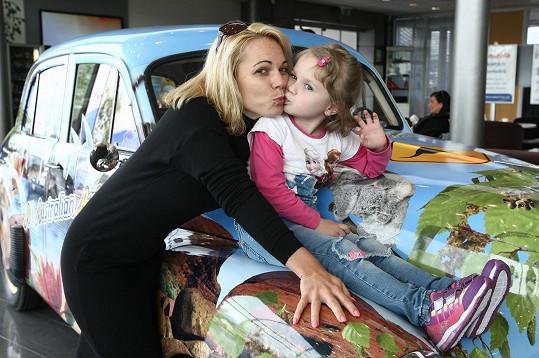 Míša Nosková si s dcerou Eliškou užívala dětský den.