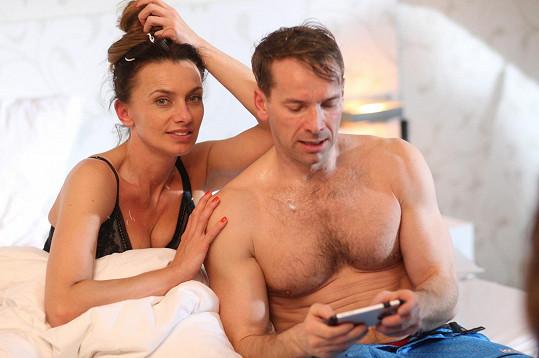Alice Bendová a Jan Révai skončí v komedii Špindl v posteli.