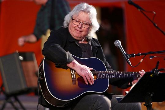 Také zpěvákův otec Vladimír Mišík musel kvůli zhoršujícímu se zdravotnímu stavu přestat koncertovat.
