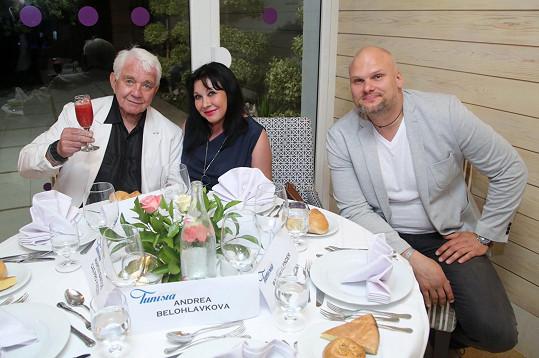 Gala večeři trávila s Jiřím Krampolem, jehož žena byla v nemocnici.
