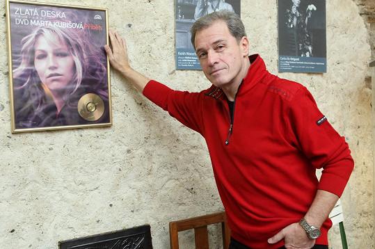 Umělecký ředitel Divadla Ungelt Milan Hein je rád, že se Martě Kubišové daří lépe.