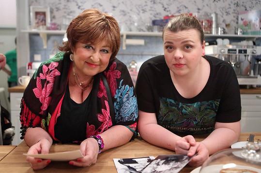 S Lucií Polišenskou, která hraje cukrářku Verunu.