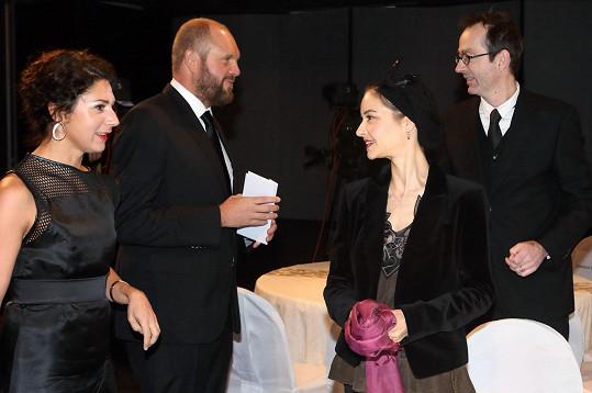 Martha s partnerem Davidem Ondříčkem a režisérem Petrem Zelenkou s doprovodem