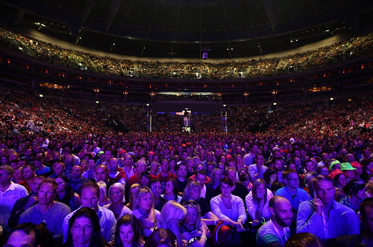 Tleskalo na 18 tisíc fanoušků.