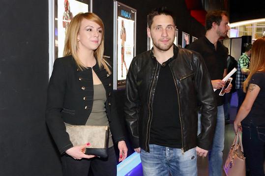 Martin Písařík vzal přítelkyni do kina.