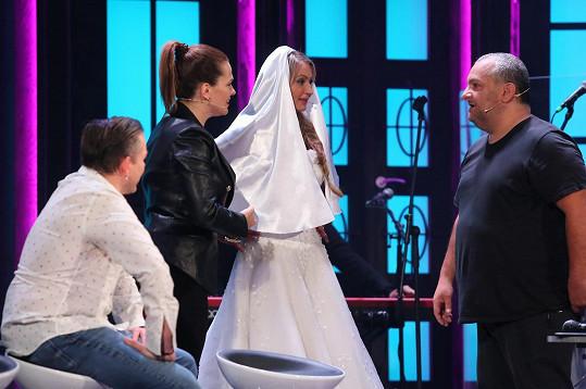 Vdavekchtivá nevěsta je ve skutečnosti Renáta Kajdžas.