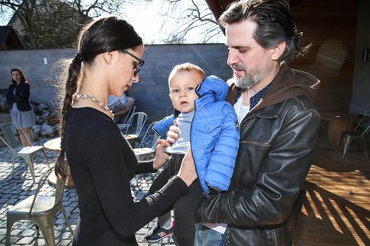 Kompletní rodinku jsme viděli poprvé od Nathanielova narození.