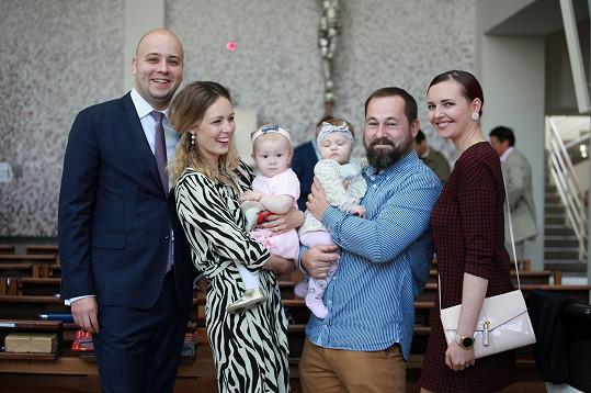 Markéta s manželem a přáteli