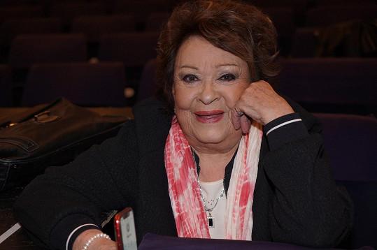 Jiřina Bohdalová na generálce v Divadla Broadway