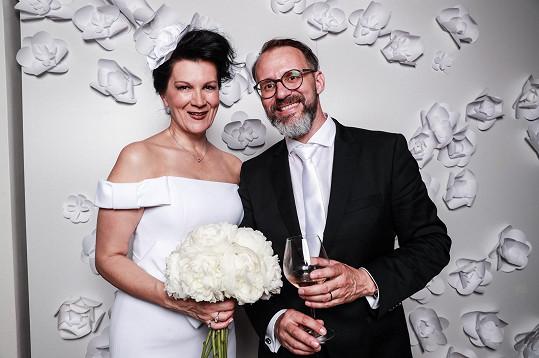 Novomanželé na afterpárty