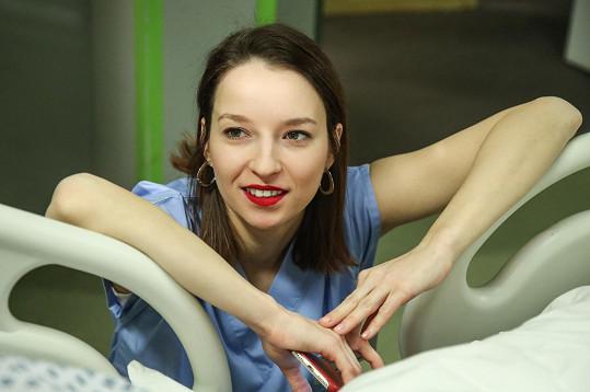 Berenika Kohoutová je novou posilou seriálu Modrý kód.