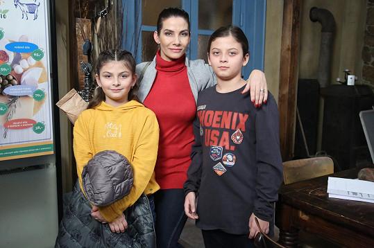 Eva Decastelo s dětmi Zuzankou a Michaelem