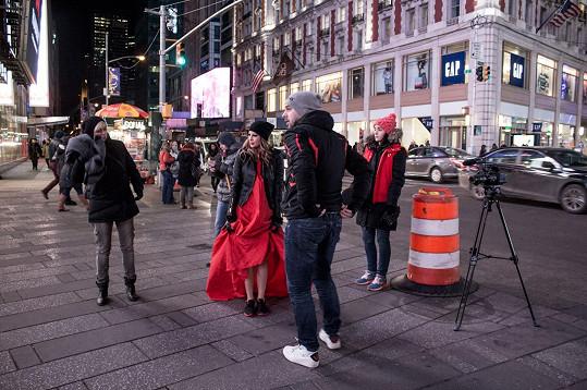 """Natáčelo se přímo v ulicích """"Velkého jablka""""."""