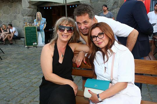 Na letním setkání s kolegy z muzikálu Trhák