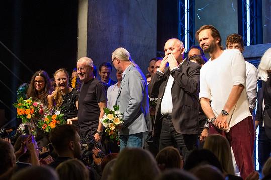 Z představení v režii Jána Ďurovčíka (vpravo) byli hosté nadšení.