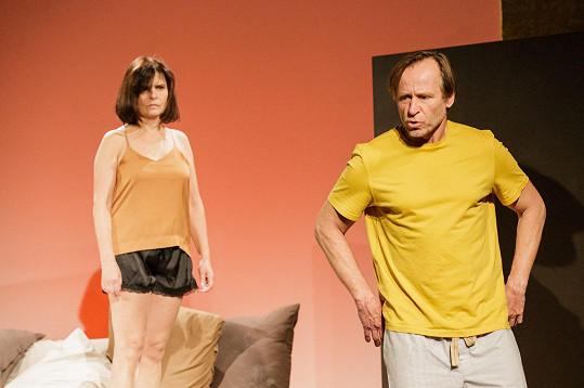 Krausová a Roden budou hrát manžele v Sexu pro pokročilé.