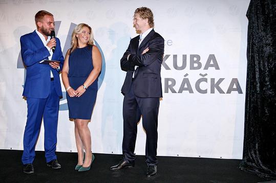 Jakub Voráček se svou sestrou Petrou Klausovou oficiálně odhalují nadaci.