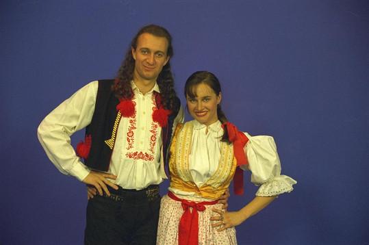 Pavel Svoboda na obrazovce vystřídal plno kolegyň. Na snímku s Lucií Výbornou.