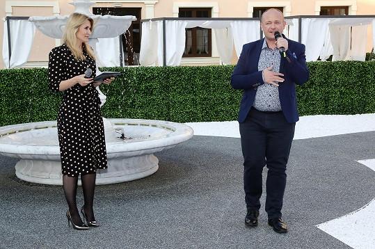 Večer, který ředitel soutěže David Novotný pořádal, uváděla moderátorka Lenka Špillarová.