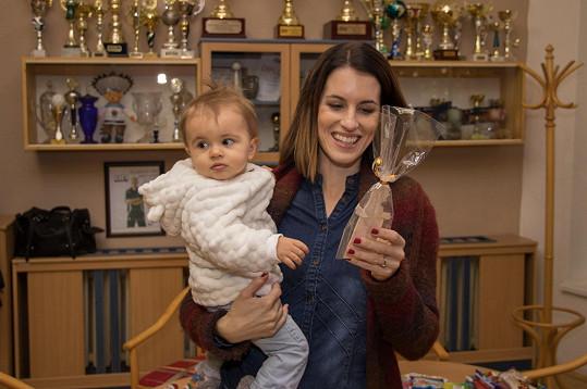 Podpořit děti přišla i Andreina kolegyně Lucie Křížková s malou dcerou Lolou.